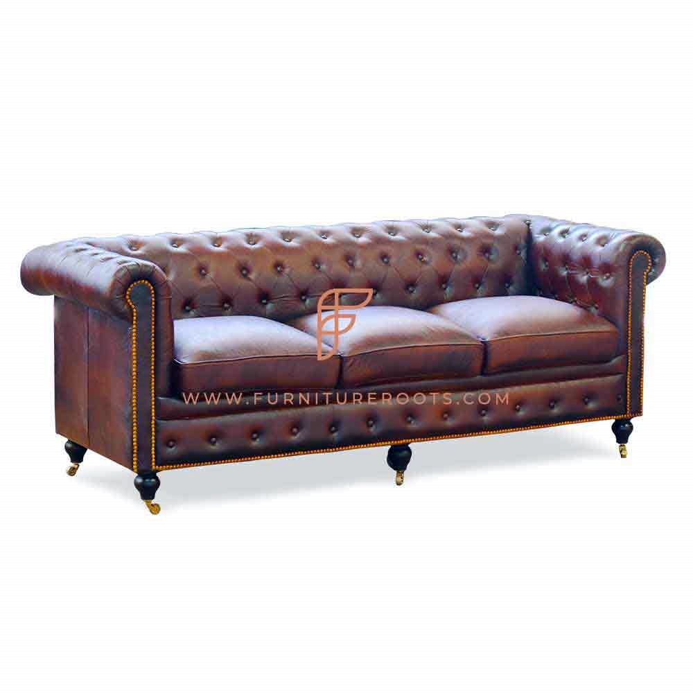 Old Fashioned Chesterfield Wheel Sofa