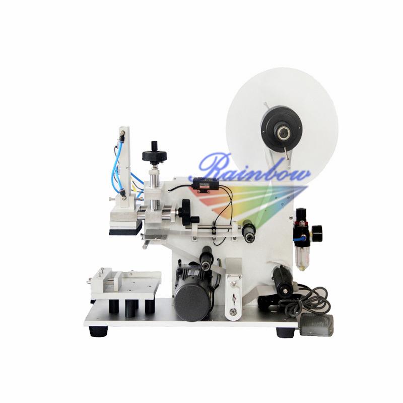 Tabletop semi automatic flat square bottle labeling machine