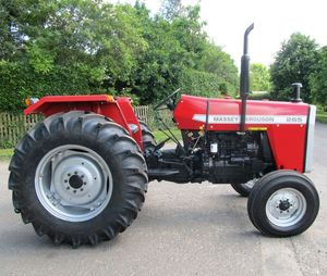 Quality Fairly Used MASSEY FERGUSON 265 2WD TRACTOR