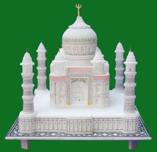 Marble White Taj Mahal Model With Lovely Cuteness