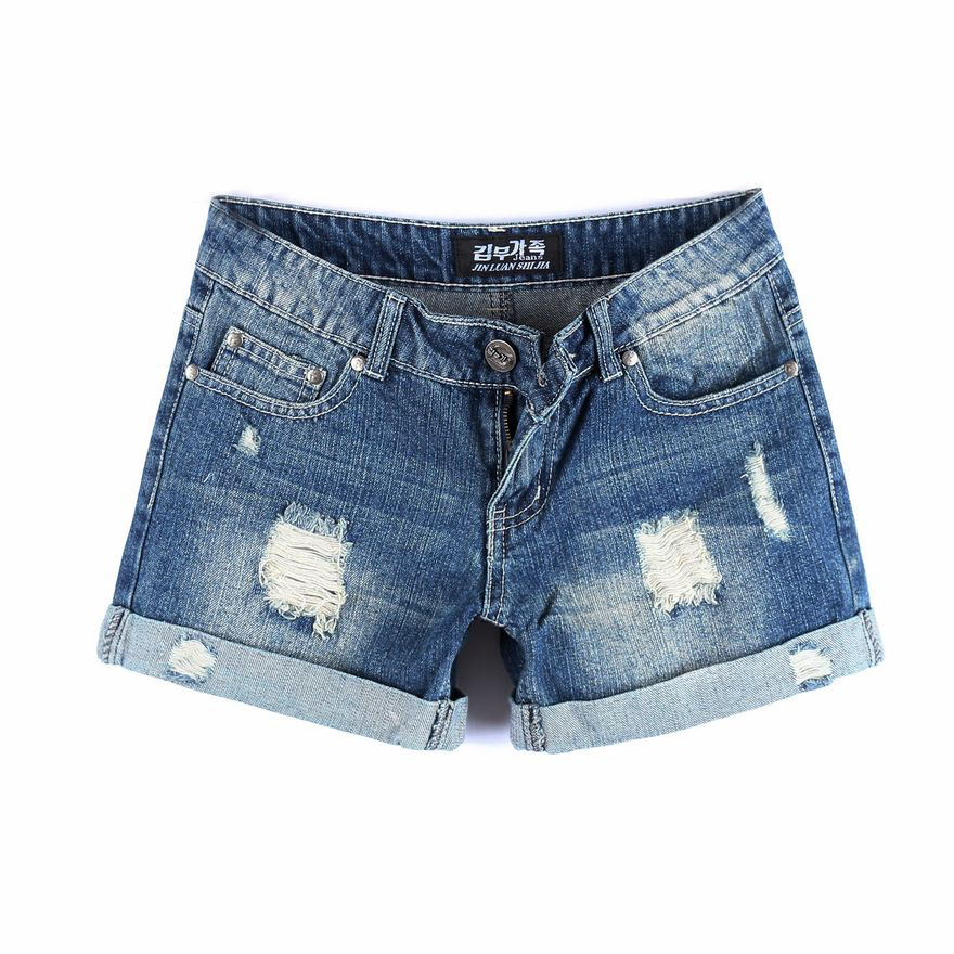 Shorts for Women. Be ready for warm weather with women's short from Kohl's. Find every pair you need, from cargo shorts to jean shorts to skorts for casual weekends or time on the tennis court. Our selection of women's shorts includes everything from short-shorts to longer lengths, so you can find the styles that you love.