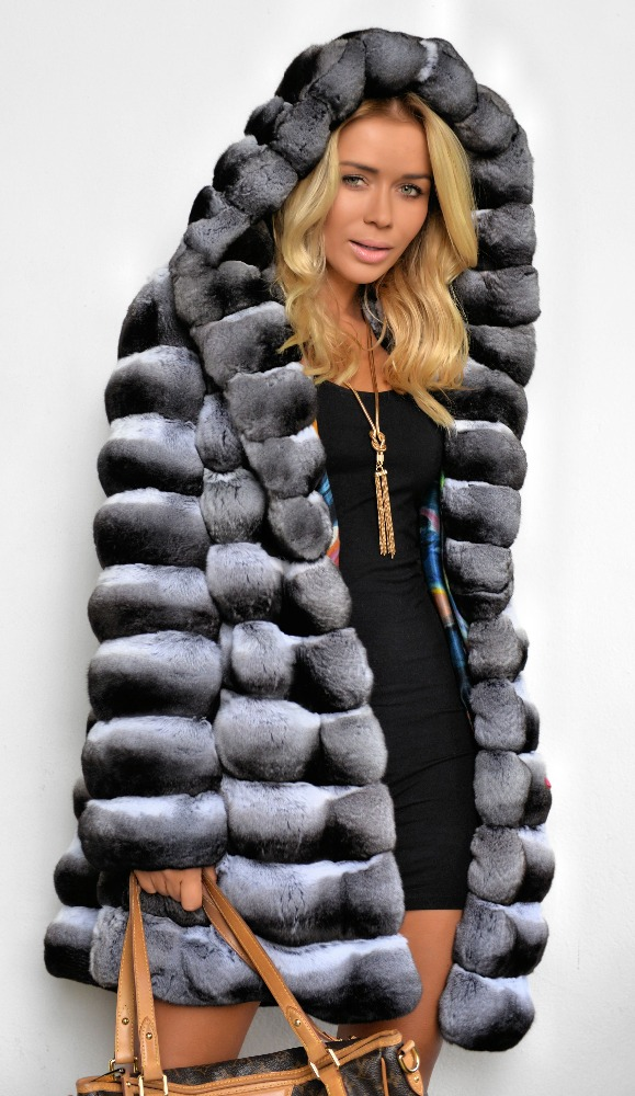 LaFURIA-REAL-ROYAL-CHINCHILLA-FUR-COAT-QUALITY.jpg
