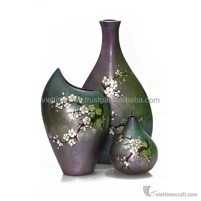 Shiny decorative ceramic lacquer vase, handicraft in Vietnam