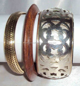 2015 New Fashion Wholesale Wood Fancy Bangle For Women 10445