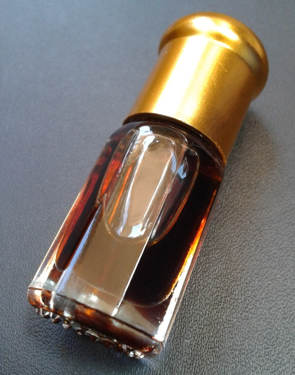 Agarwood Oud Crassna Oil with CITES