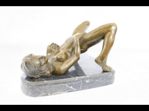 Erotic plastic figurines