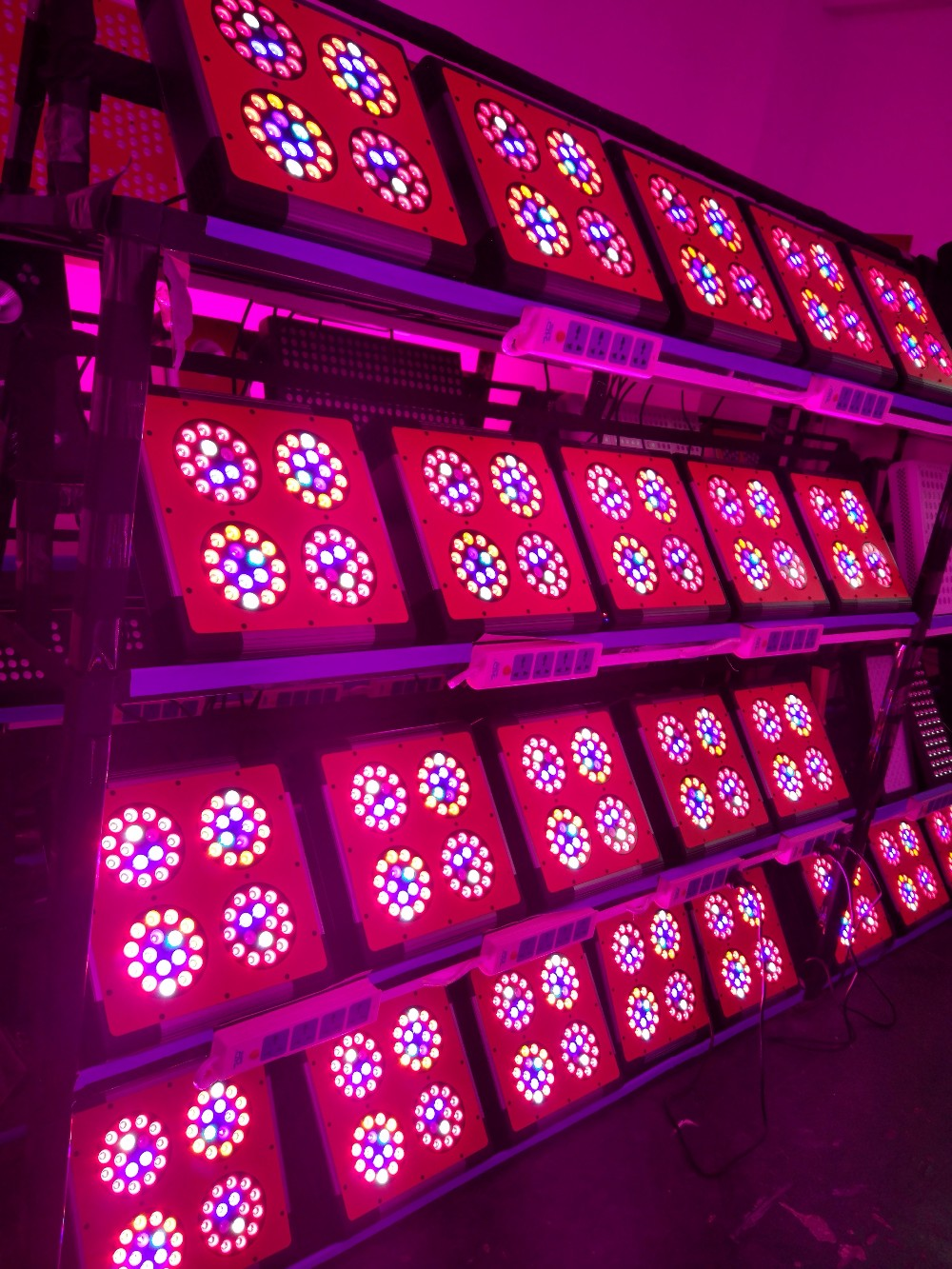 2017 Promotion Greenhouse Hydroponics 1000W 800W 500W 300W LED grow light 60 90 120 Degree Lenses for choose