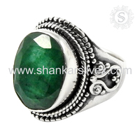 Prominent 925 sterling silver ring green emerald gemstone ring indian silver jewelry wholesaler