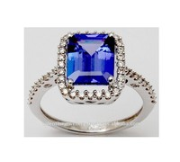 Diamond Studded Pretty Sleek Tanzanite Ring For Ladies