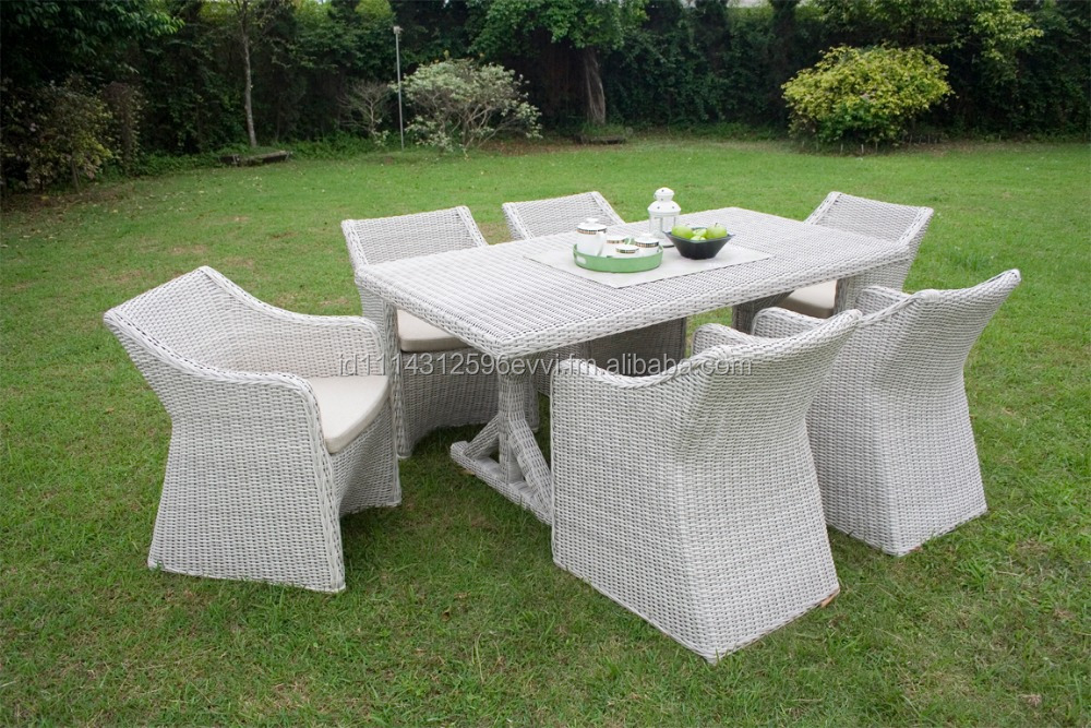 Stylish Outdoor Synthetic Rattan Sicily Garden Dining Set with Aluminum Frames