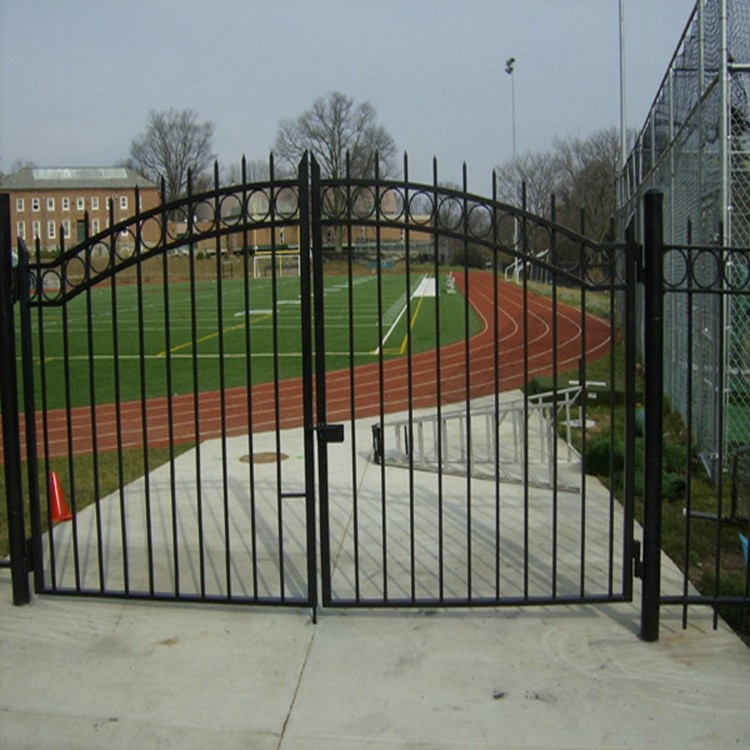 Custom Height And Colors Iron Pipe Gate Design Without