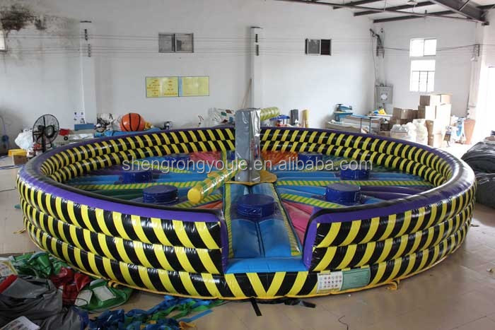 Factory price inflatable wipeout meltdown game for sale for Precios de piscinas inflables para adultos