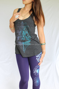 d183871c35c859 Icy blue two tone print on American Apparel quality Sacred Geometry Legging