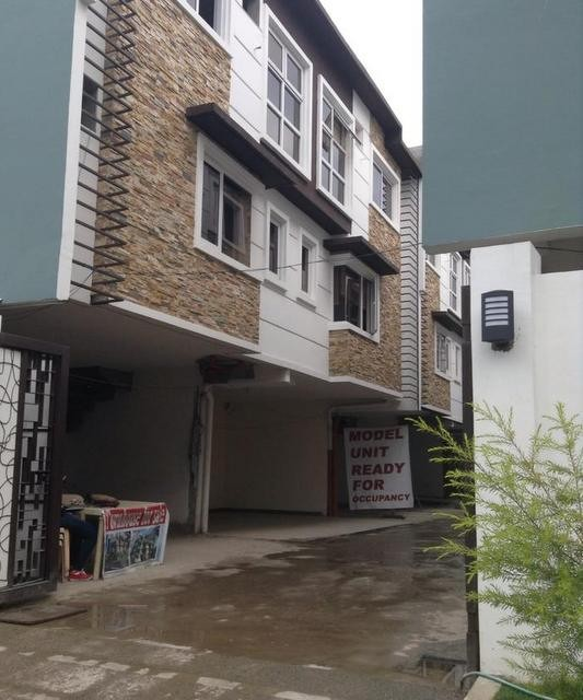amare townhouses for sale in don antonio heights quezon city