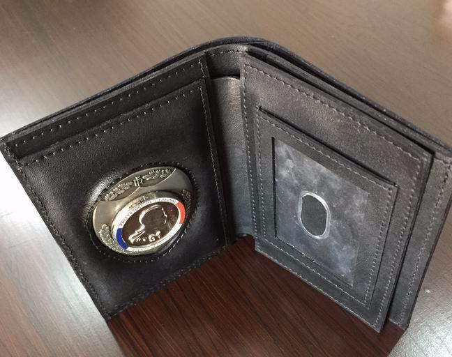 e3a4155b1a802 Neck Brieftasche Polizei Abzeichen Halter Brieftasche ID Karte  Halter Abzeichen Brieftasche