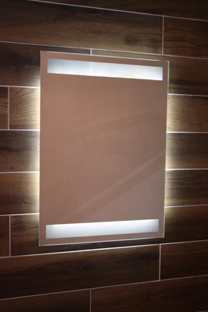 horizontal lite lneas en cuarto de bao espejo con luz led