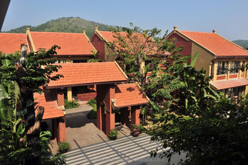 wear-resistance clay roof tile