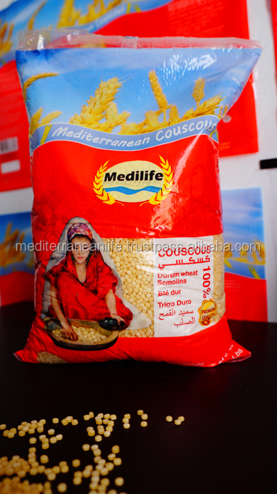 How much fibre is in 100g of 'Semolina Flour'?