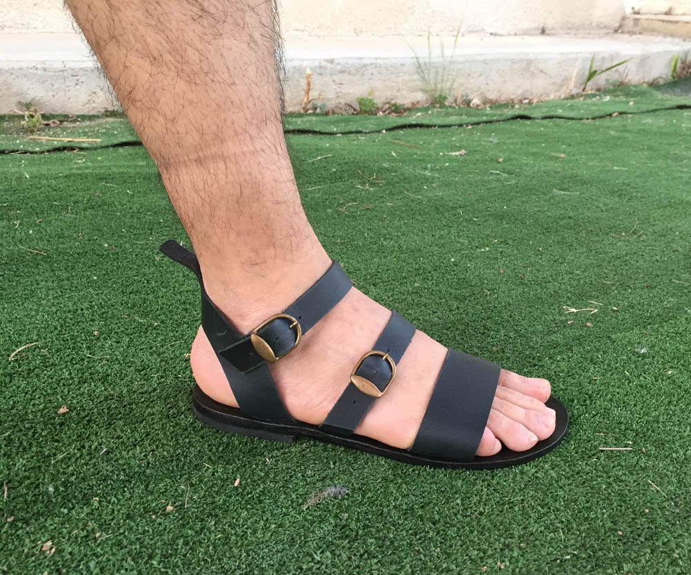 6b102ef1933c Leather Sandals
