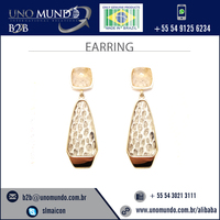 Standard Quality Skin-Friendly Diamond Earring Available