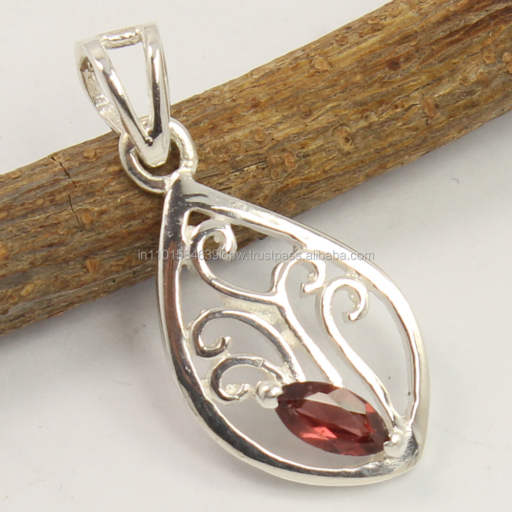 Natural GARNET Faceted Gemstone Small Pretty Pendant 925 Sterling Silver Jewelry