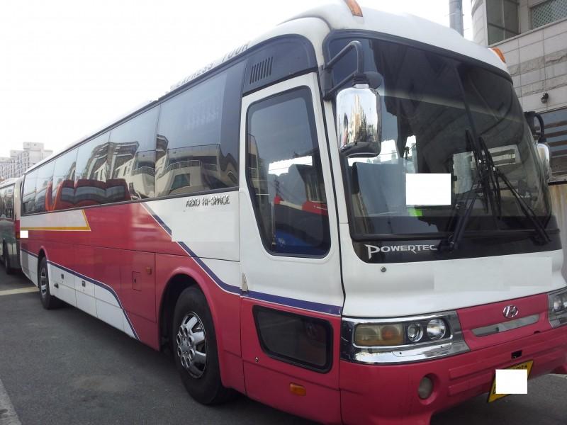 hyundai bus aero hi space buy hyundai aero town bus hyundai aero city buses hyundai aero. Black Bedroom Furniture Sets. Home Design Ideas