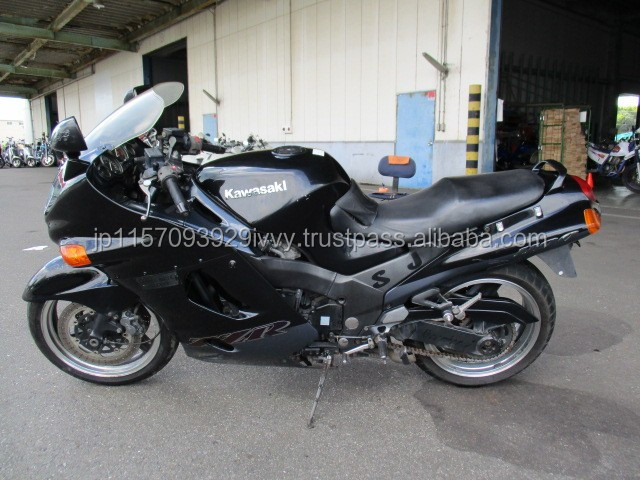 Various types of in stock second hand Kawasaki motorcycle at reasonable price