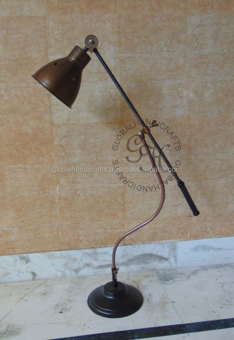 Nautical Antique Brass Lamp With Base Stand Buy Nautical Decor Lamps Vintage Lamps Home Decor Lamps Product On Alibaba Com