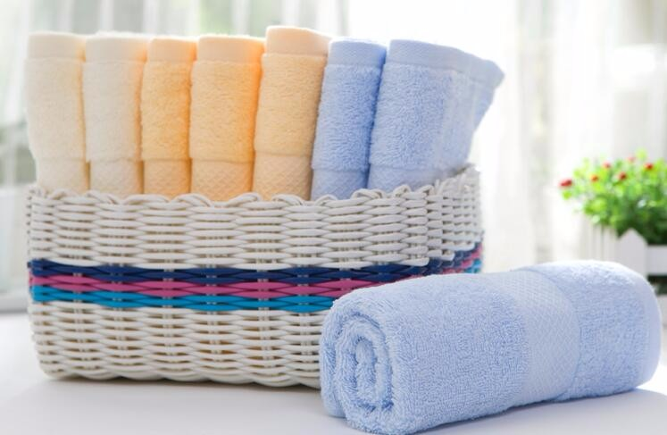 100% Combed Cotton Soft Face Towels with Strong Water Absorption