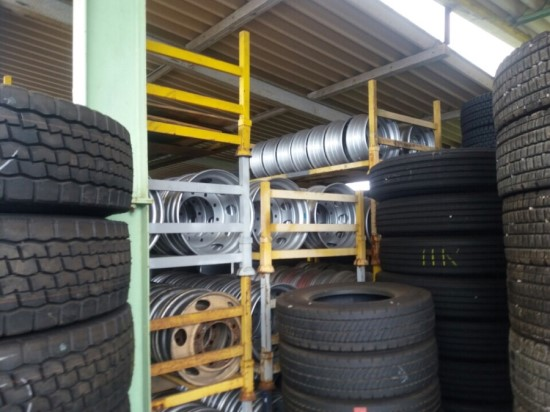 Japanese Tire Brands List Used Airless Rubber Tyre Radial Type Car & Truck (Toyo, Yokohama) 11R 12R22.5 1020