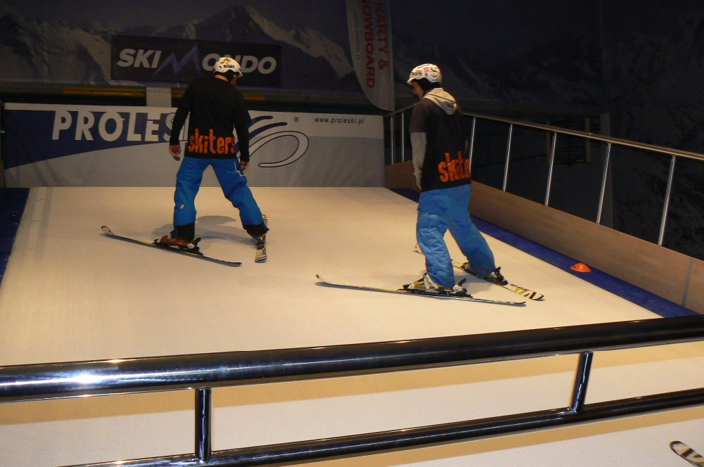 Proleski PRO2 Automatic infinite ski slopes for professional training Buy in India Skiing and snowboarding indoor machines