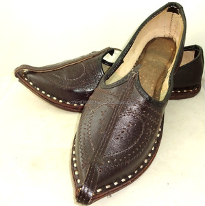 f4018360bb8cd Men Leather Jutti Traditional Punjabi Jutti Mojari khussa shoes wholsale