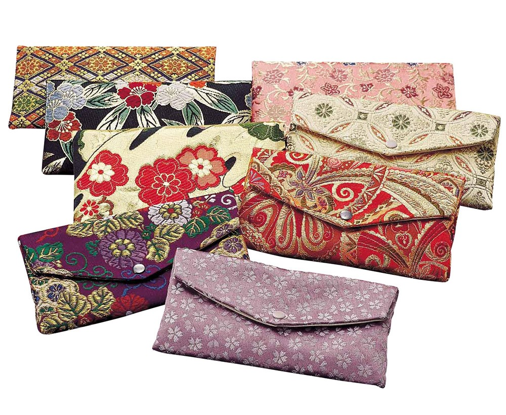 Various types of Handmade woven fabric Gold brocade pouch with Multi-functional made in Japan