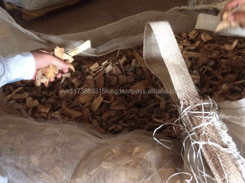 WOOD CHIPS FOR BURNING AND PAPER INDUSTRY