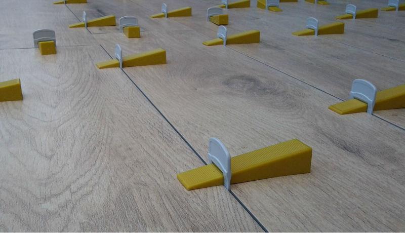 Tegel Leveling Systeem : Gemaakt in italië tegel leveling systeem distanziatori livellanti