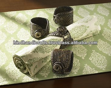 Napkin Rings Of Brass With Antique Finish, Napkin Ring With beautiful Design