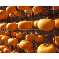 Hanging fruits clip for making dried palm tree fruit edible