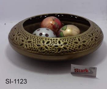 Iron Large Decorative Bowl In Br Look