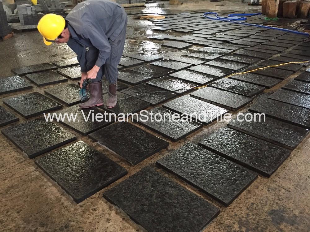 Nero basalto fiammato piastrelle per pavimenti vietnam nero
