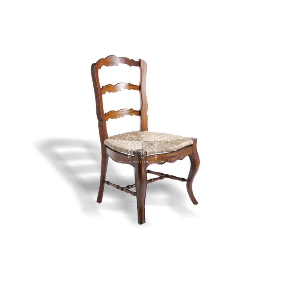 Provincial escalera silla de comedor asiento de junco for Muebles de indonesia