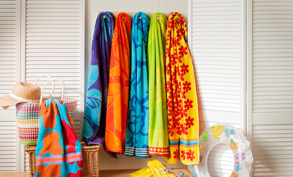 Traditional Mafia Beach Towel