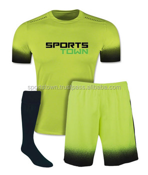 Diseño personalizado 100% poliéster sublimado jersey de fútbol kit para  niños 776c79e7b54da