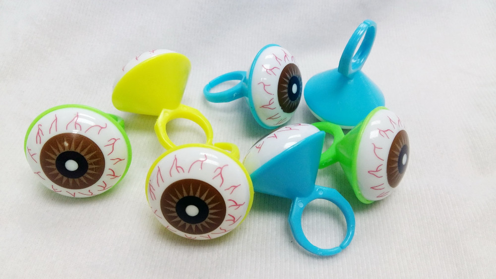 Plastic big eye jewelry RINGS Girl Kid Novelty Birthday Party Favors Gift Toy Prize