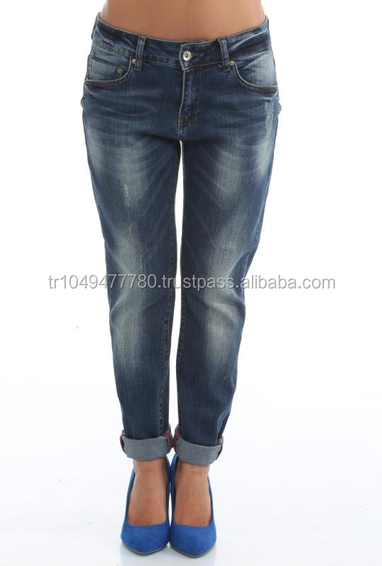 women jeans fall winter in Istanbul Turkey
