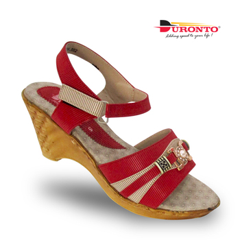 7040b36fd4577 Ladies Sandals On Sale In India - Buy Ladies Sandals