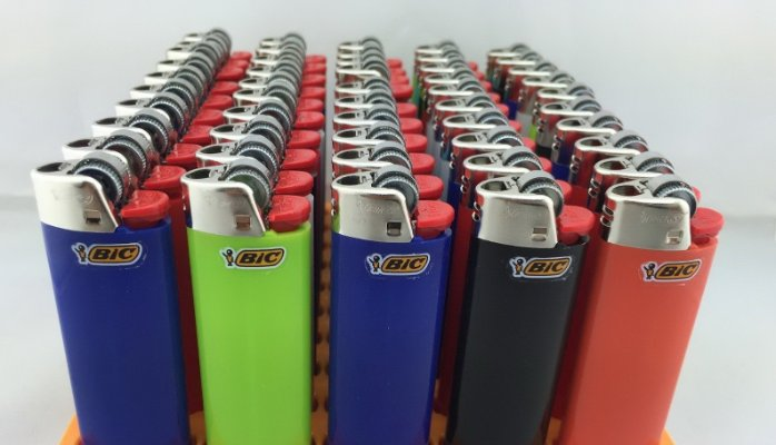 wholesale cheap BIC lighters, kitchen lighter with customized logo or color