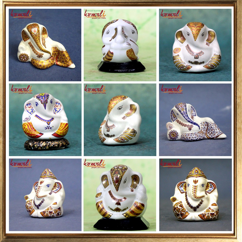 Custom Design Wedding Gift Glass Crystal Ganesha Favor Of Many Colors