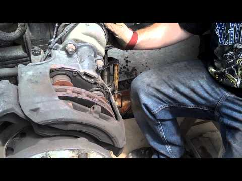 truck air disc brake pads replacing how to replace pads on air disc brake)