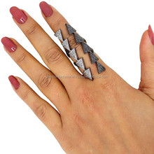 925 Sterling Silver Fashion Full Finger Arrowheads Black Pave Diamond Ring