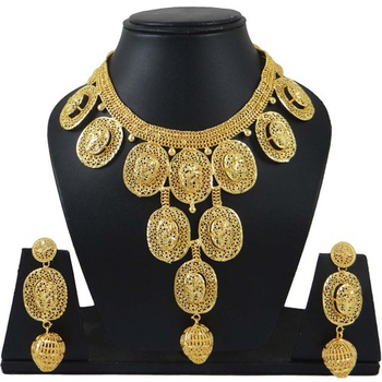 18k Gold Plated Necklace Set South Temple Collection Indian Women